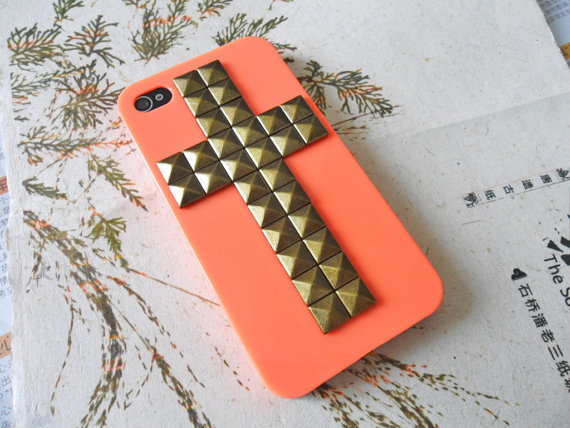 iPhone hard case cover with cross bronze pyramid stud for iPhone 4 Case, iPhone 4S Case, iPhone 4 GS Case   -012
