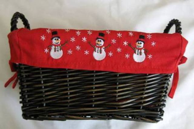 Christmas Wicker Basket With Cloth Insert From