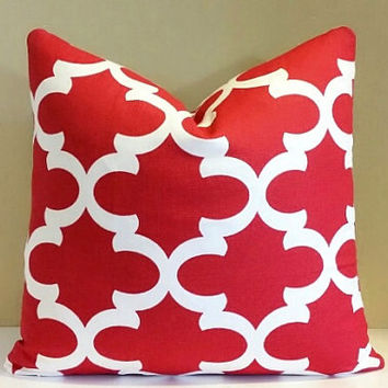 Christmas Pillow, Red and White Trellis/Geometric Pillow Cover 24x24