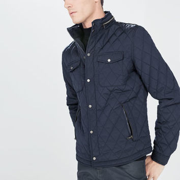 Padded jacket with pockets