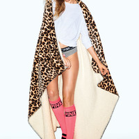 Soft Sherpa Blanket - PINK - Victoria's Secret