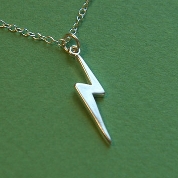 Sterling silver lightning bolt pendant necklace