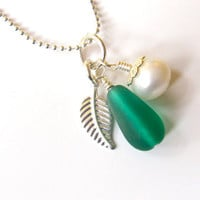 Teal Sea glass Bridesmaids Necklace for Beach Theme Wedding - Bridesmaids Jewlery with seaglass, silver leaf & pearl pendants