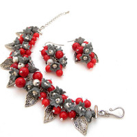 Christmas jewelry - Red coral bracelet and earrings - Lily of the valley - Handmade jewelry