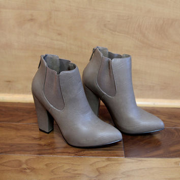 """Nina"" Leather Chunky Heel Almond Toe Ankle Booties - Putty – H.C.B."