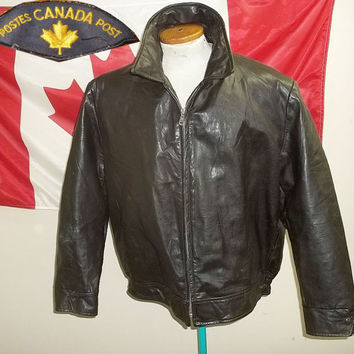 1960s Canada Post blanket lined leather jacket by Peerless, brown color, size 48, lite use, very good condition!