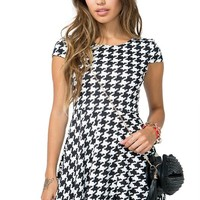 Graphic Houndstooth Flare Dress
