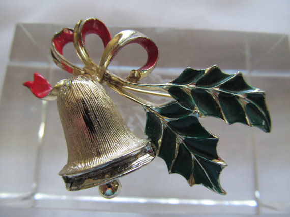 Sarah Coventry Brooch,gold Christmas bell and enamel holly brooch,