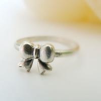 Tiny bow ring-sterling silver metalwork ring
