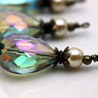 Vintage Style Peacock Green AB Faceted Flat Teardrop Crystal and Pearl Pendant Bead Dangle Charm Drop Set
