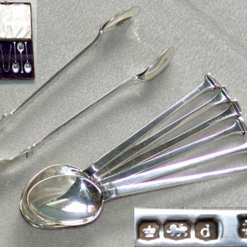Art Deco 925 Sterling Solid Silver Six Seal Top Coffee Spoons and Sugar Tongs in Case by James Deakin & Sons, HM Sheffield, 1921 (ref: 3049)