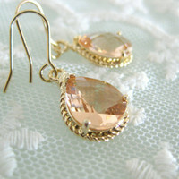 Champagne. Teadrop glass earrings.