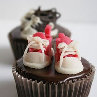 Cute Converse Cupcakes | Cute Cupcakes | CutestFood.com