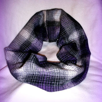 Handmade Infinity Scarf Plaid Flannel, Plum and Black Plaid, Cowl Plaid Infinity, Plaid Flannel Chunky Women Fall Circle Scarf