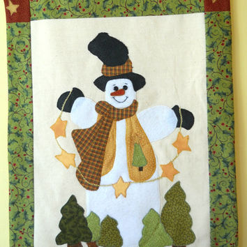 Snowman Wallhanging, Snowman with a Garland of Stars,