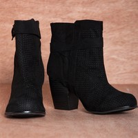 Take the Title MAZE-34 Perforated Chunky Heel Ankle Booties - Black