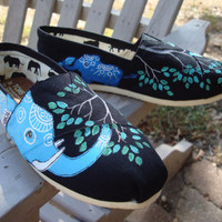 Elephants hand painted on TOMS shoes -customize the color-made to order-choose the family&#x27;s size