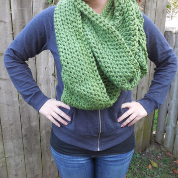 Made to Order, Large Apple Green Chunky Scarf, Infinity Scarf, Fall Winter, Women's Accessory, Cowl