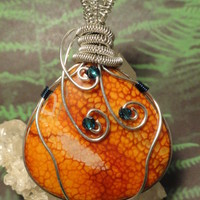 OOAK Dragon Vein Agate Gemstone Pendant by The Wired Fox on Zibbet
