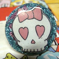 SWEET SKULL Glitter Resin Ooak Hand.. on Luulla