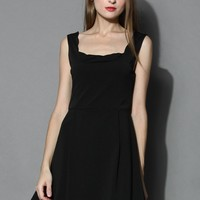 Scrolled Trim Open-back Flare Dress in Black