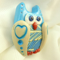 Blue beige owl brooch, Polymer clay bird pin, Feather wing heart, Cute kawaii accessories, Bronze bar pin