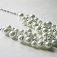 White on White on White! 3 Size Pearl Cluster Necklace