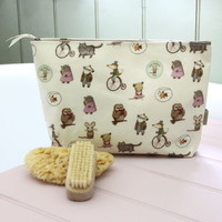Animal Character Oilcloth Wash Bag