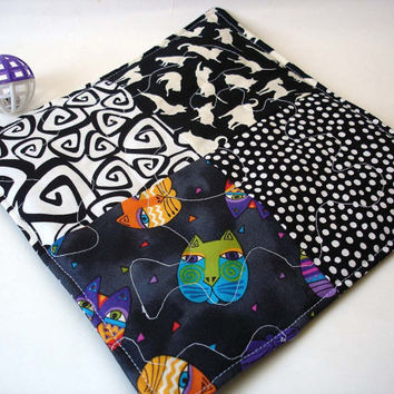 Catnip quilt cat toy, cat blanket catnip mat black and white