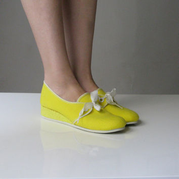 vintage yellow grasshopper wedge shoes from