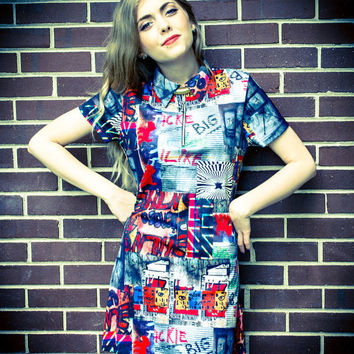 Vintage 90s Grunge Red Blue Green Black Yellow Graffiti Zip Up Collar Short Sleeve Mini Dress