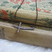 Sideways cross necklace bronze