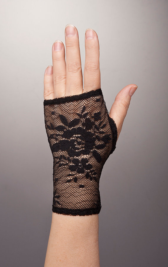 Amazing BLACK ROSE Short Fingerless Gloves