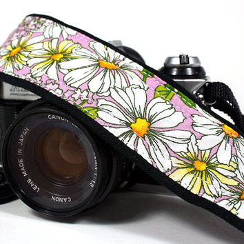 Daisies dSLR Camera Strap, Lilac, Daisy, Flowers, Floral,  Padded, SLR, 11w