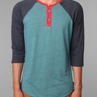 Alternative 3/4-Sleeve Two-Tone Henley
