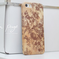iphone case : vintage chinese pattern on wood (not real wood)