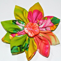 Tropical pattern large pointed petal  hair flower with pink ceramic accent