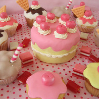 desserts! mmm! - crazy cupcakes Photo (19143828) - Fanpop