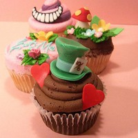 Disney?s Alice in Wonderland Cupcakes  The Cupcake Blog