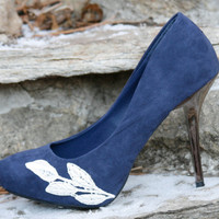 SALE, SALE - Blue Bridal shoes with Venise Lace Applique. Size 7