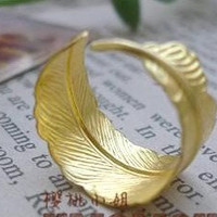 Handmade steampunk AGolden Feather Adjustable Ring