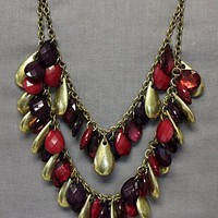 Bead Dreamer Necklace in Raspberry: Le Mode Accessories