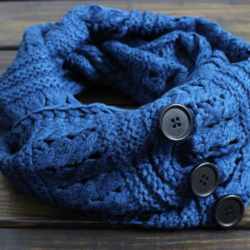 Knit Infinity Scarf, Knitted Scarves, Women's Knit Winter Scarf, Knitted Infinity Scarf, Gift for her, Knit Scarf in Teal Blue, Button Scarf