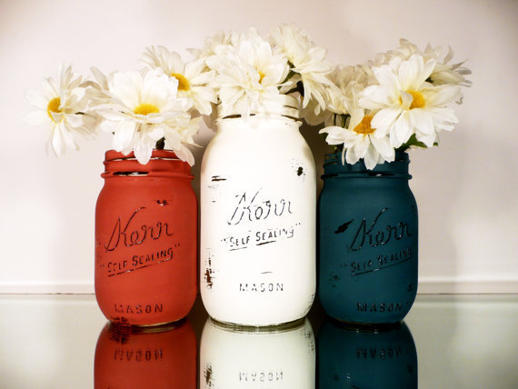 USA Red, White, Blue Painted and Distressed Shabby Chic Mason Jars - outdoor and backyard BBQ Home Decor
