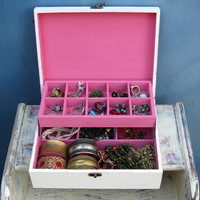 Shabby Chic Wooden Jewelry Box Cream & pink