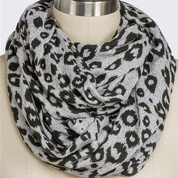 Leopard Hacci Eternity Scarf