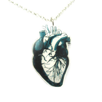 Realistic Human Heart Organ Anatomy Illustration Necklace in Acrylic | DOTOLY - Heart Anatomy Necklace in Black and White