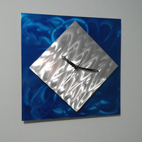 Modern aluminum  wall clock( Blue)