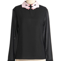 You Deserve a Hand Top | Mod Retro Vintage Long Sleeve Shirts | ModCloth.com