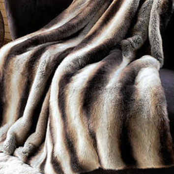 Limited Edition Faux Fur Chinchilla Throw 60 x 60 | Fabulous-Furs